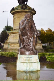 The statue of Hamlet at the Shakespear monument at Stratford-upon-Avon