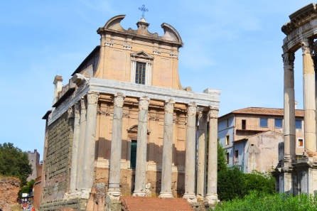 the-temple-of-antoninus-and-fausina-2
