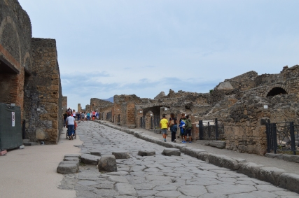 The Via Stabiana of Pompeii