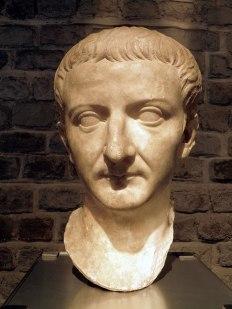 800px-Tiberius,_Romisch-Germanisches_Museum,_Cologne_(8115606671)