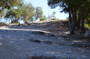 The trail to the top of the mound where the 300 Spartans are buried