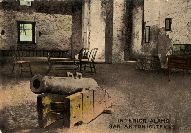 Interior_Alamo,_San_Antonio,_Texas two