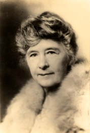 Adina_Emilia_De_Zavala,_1910