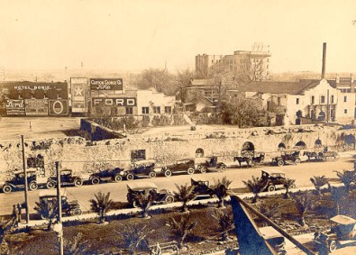 The Alamo's Long Barracks ruins 1918